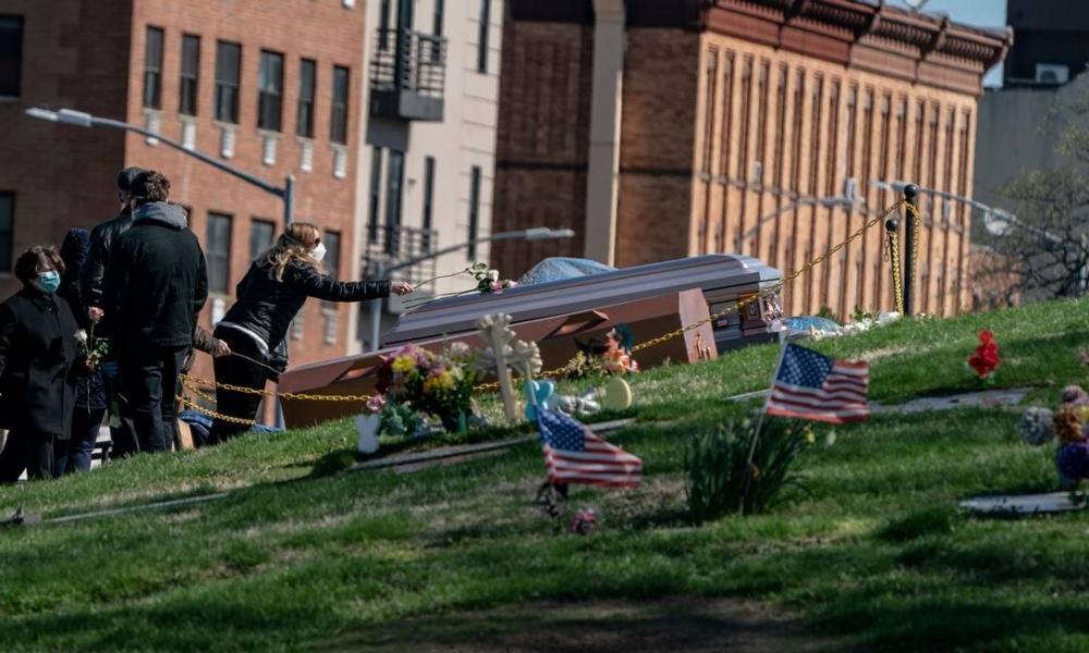 Estados Unidos superam Itália como o país com mais mortos por coronavírus