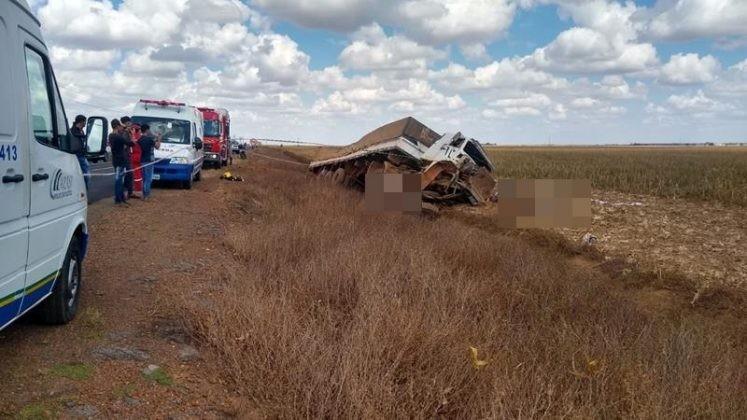 Grave acidente deixa três mortos na MT-242 em Sorriso-MT