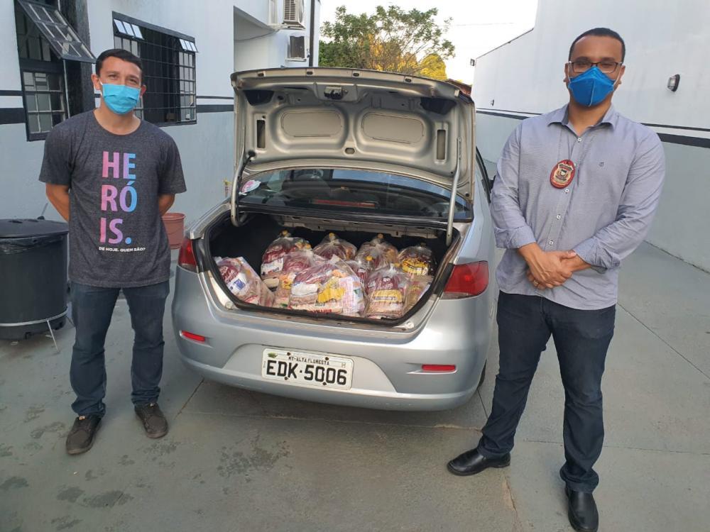 Polícia Civil entrega cestas básicas para famílias carentes em Alta Floresta