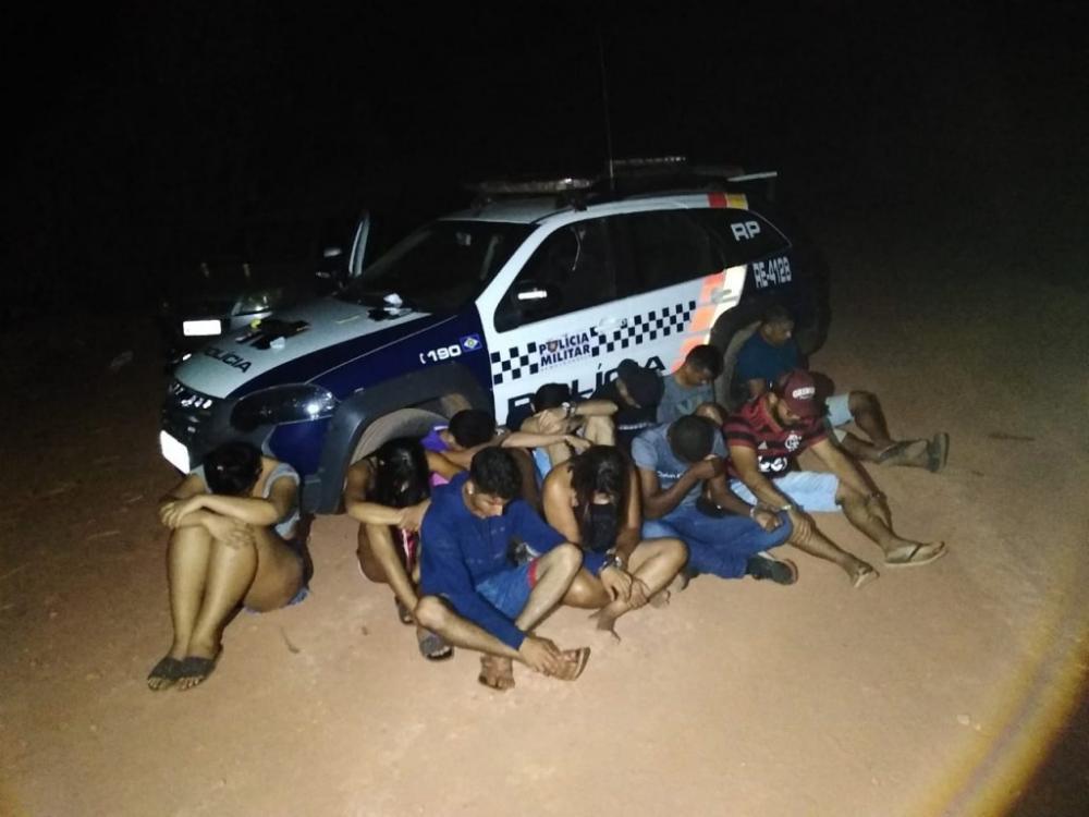PM fecha festa de facção e prende 13 pessoas em MT