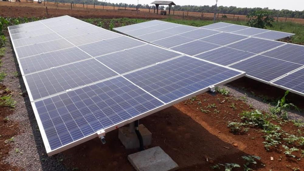Agricultores familiares investem em energia solar para baixar o custo da produção